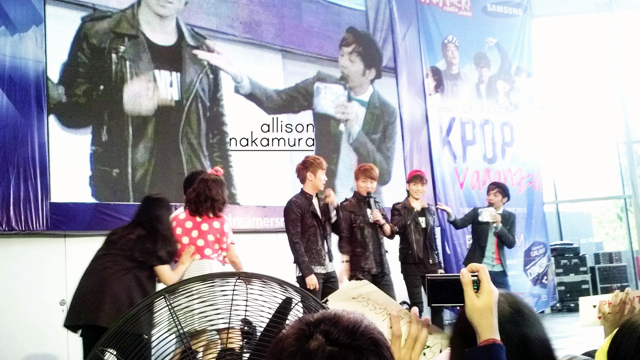 131124 ; K-Pop Vaganza at Gandaria City